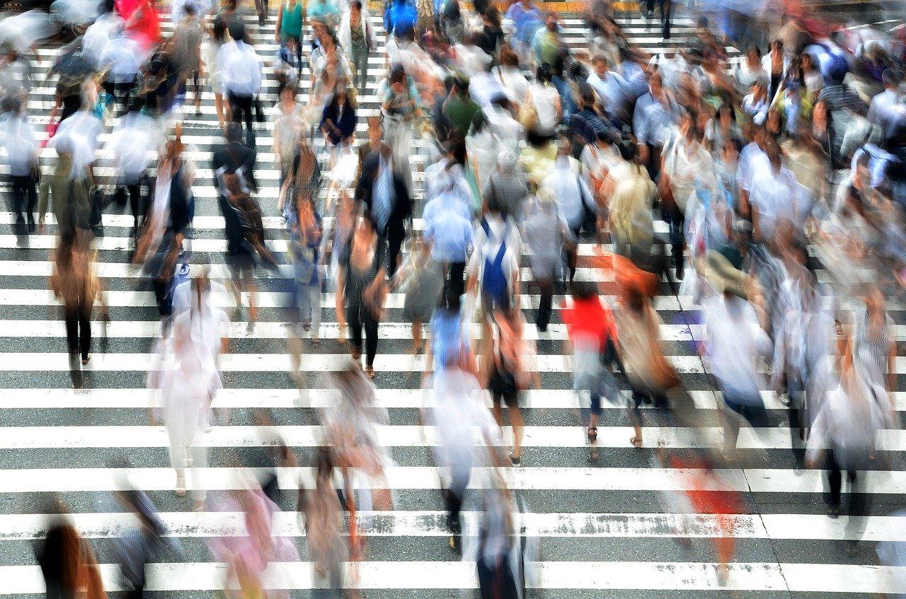 歩行者、人、忙しい