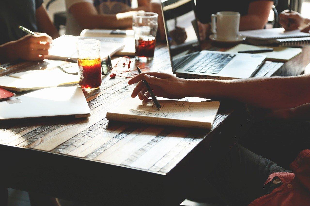 起業,人,会議