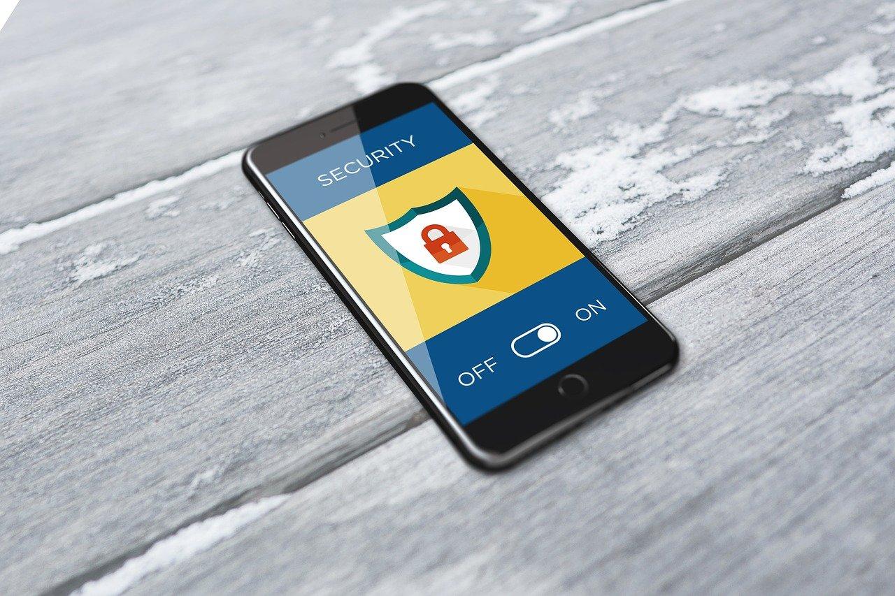 サイバーセキュリティ,スマートフォン,携帯電話