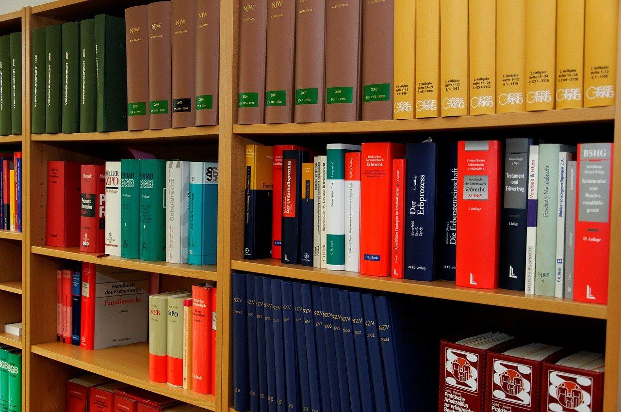 本棚,法令集,弁護士,弁理士
