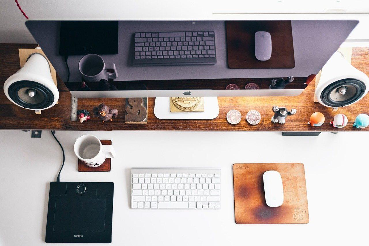 ビジネス用ツールとデスクトップの画像