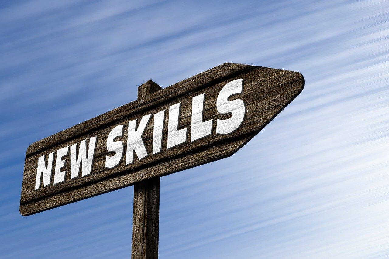 New Skillsと書かれた看板