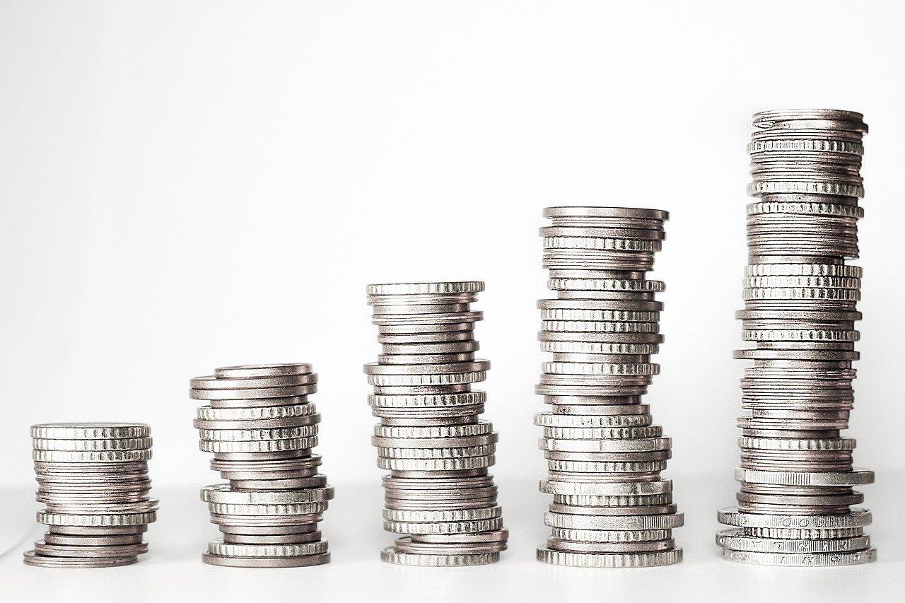 お金,お金の塔,コイン