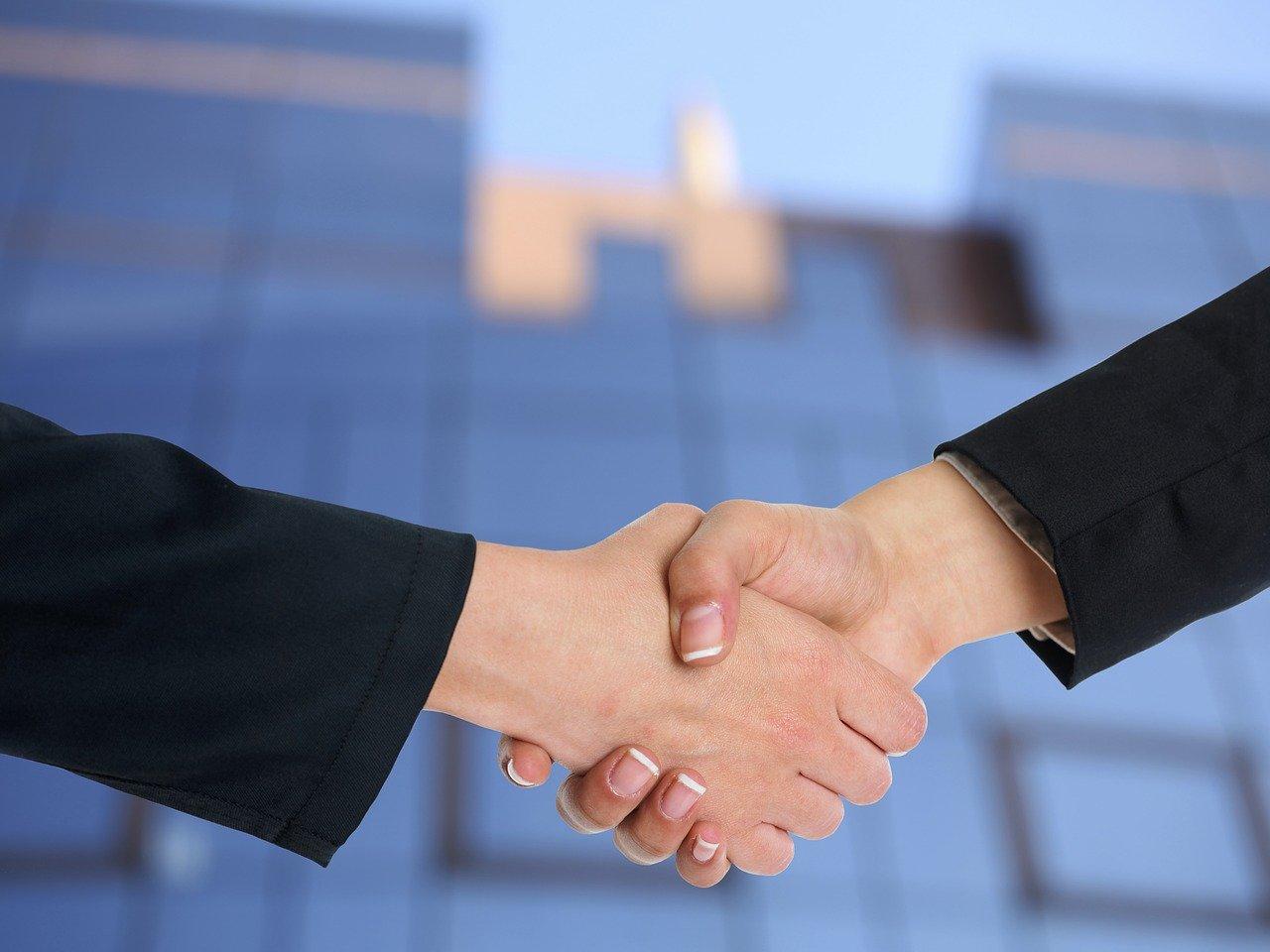 握手、協力、パートナーシップ