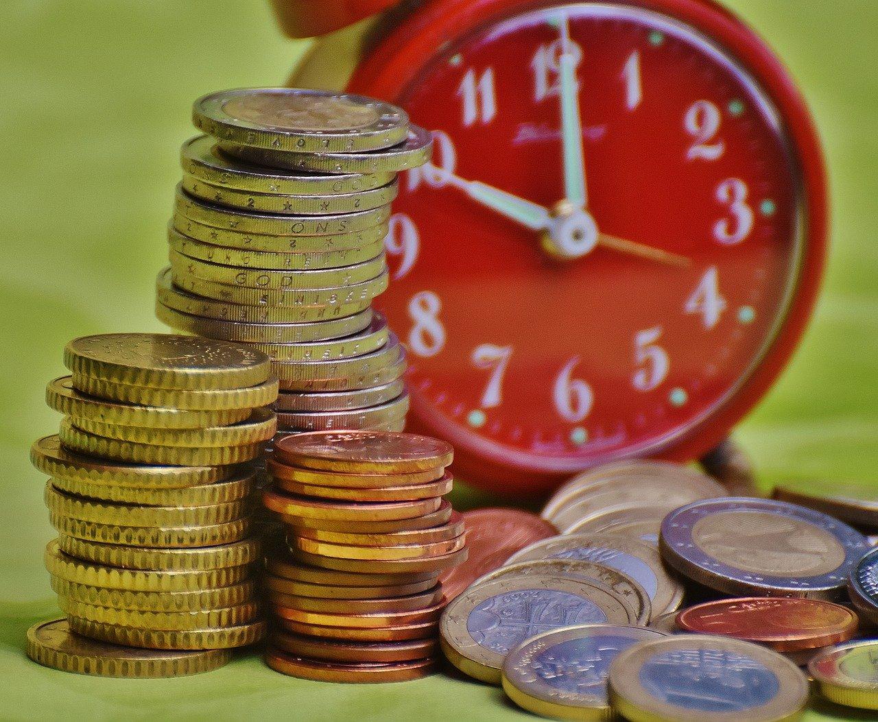 時は金なり,硬貨,通貨